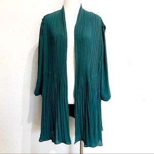 Nordstrom Sejour Dark Green Pleated Open Shawl